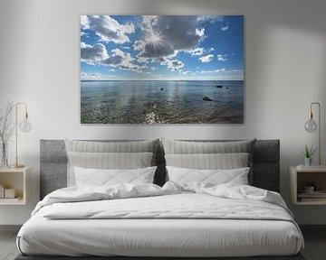 Sonnenstrah druch die Wolken, Naturstrand Lobbe von GH Foto & Artdesign