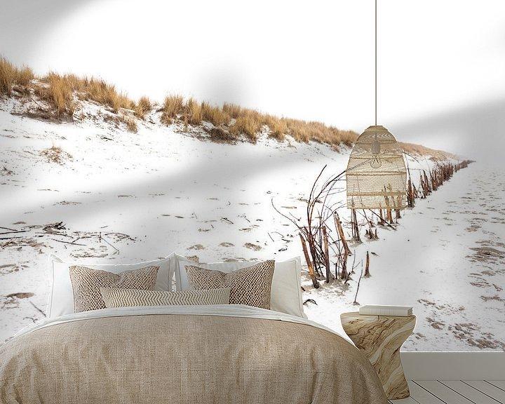 Sfeerimpressie behang: Ameland duinen in de sneeuw 02 van Everards Photography