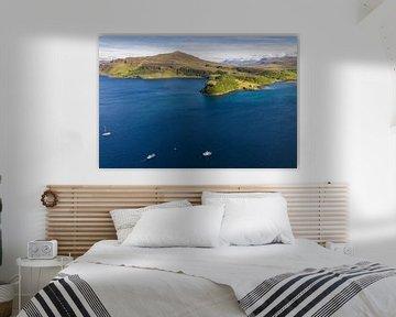 Portree Hafen von Schottland Isle of Sky von Peter Haastrecht, van