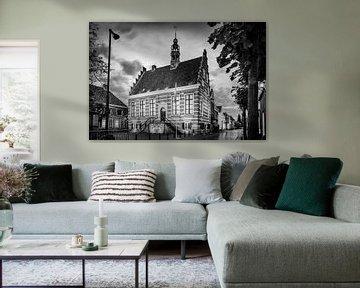 Historisches Rathaus IJsselstein in Schwarz und Weiß von Tony Buijse
