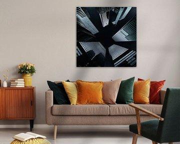 Wolkenkratzer bei Nacht von Maurice Dawson