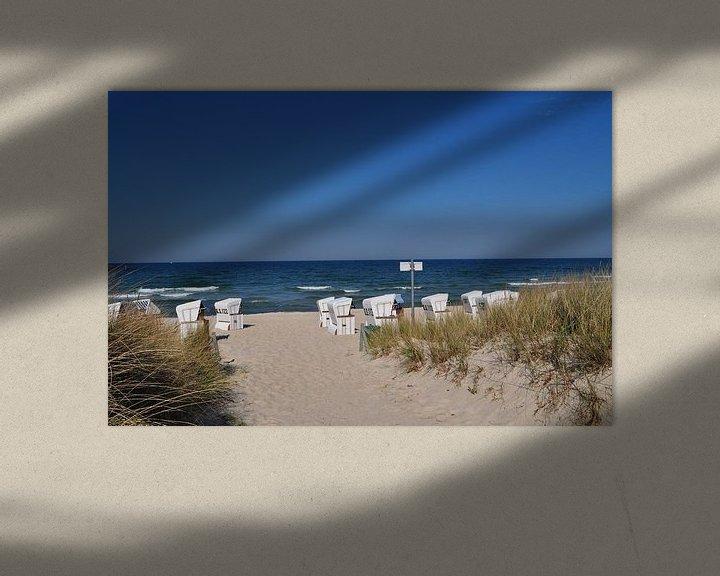 Beispiel: weiße Strandkörbe am Nordstrand in Göhren auf Rügen von GH Foto & Artdesign