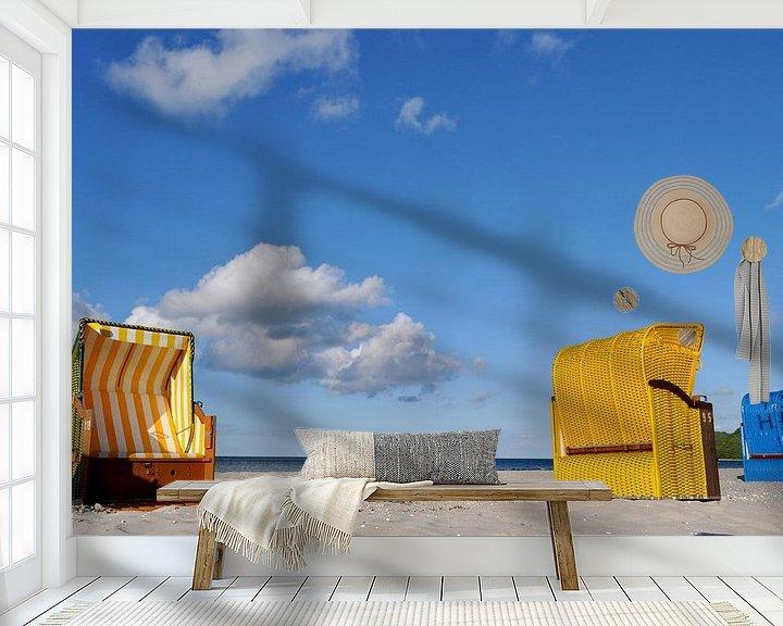 Sfeerimpressie behang: blauwe en gele strandstoelen in Binz van GH Foto & Artdesign
