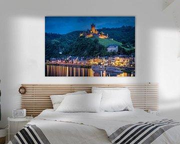 Blauwe uur Cochem aan de Moezel, Duitsland van Bob Slagter