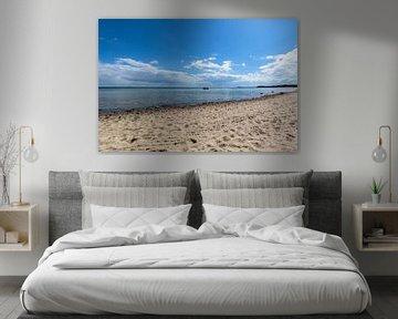 Boot op het zuidelijke strand in Göhren op het eiland Rügen van GH Foto & Artdesign