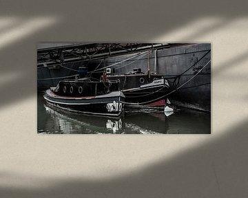 Oude Binnenvaart in de Haven. van scheepskijkerhavenfotografie