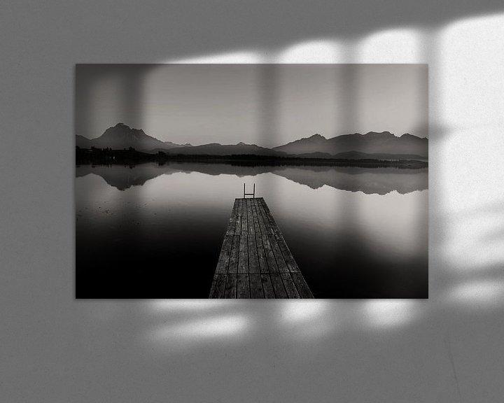 Sfeerimpressie: Loopbrug met bergpanorama van Frank Herrmann