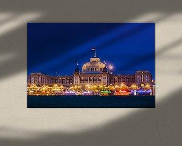 Scheveningen Den Haag het beroemde casino of kuuroord in de avonduren van Fotos by Jan Wehnert