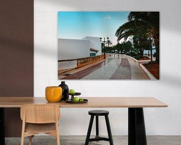 De boulevard in Santa-Eulalia | Ibiza van Lisanne Koopmans