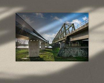 """Spoorbrug en fietsbrug """"De Maasover"""" bij Mook en Cuijk van Patrick Verhoef"""