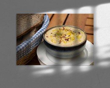 Pittige hummus met olijfolie, citroen en rode peper van Annemieke Glutenvrij