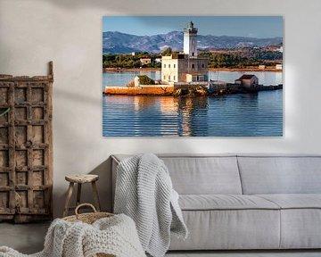 Leuchtturm der Hafeneinfahrt Olbia Sardinien von Thomas Heitz