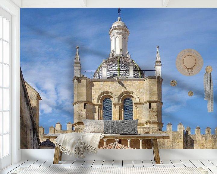 Sfeerimpressie behang: Coimbra: de oude kathedraal Sé Velha van Berthold Werner