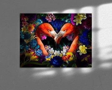 Flamingo in hartjes vorm tussen de bloemen