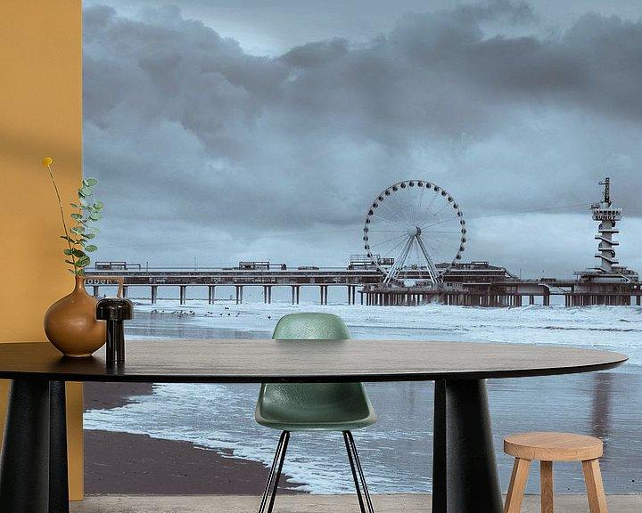 Sfeerimpressie behang: Scheveningen Pier van Stephen Young
