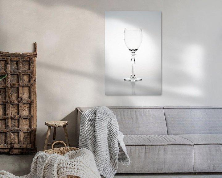 Sfeerimpressie: High key afbeelding van een wijnglas van Kim Willems