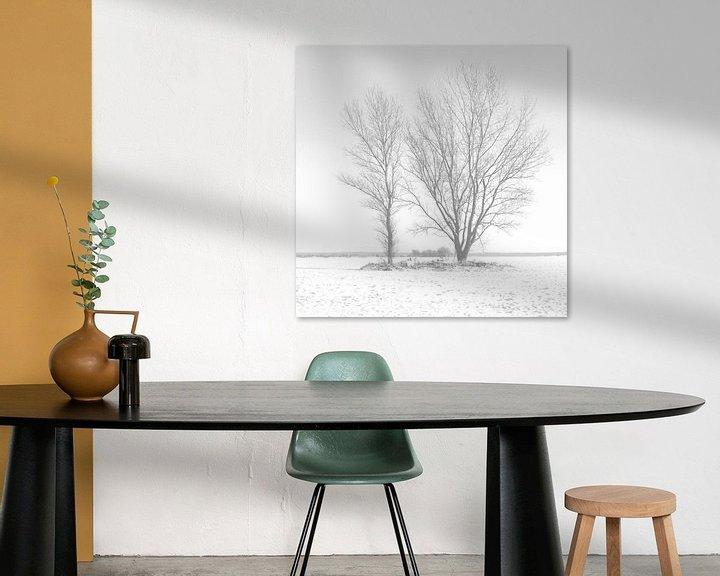 Sfeerimpressie: Twee bomen in de sneeuw van Frank Herrmann