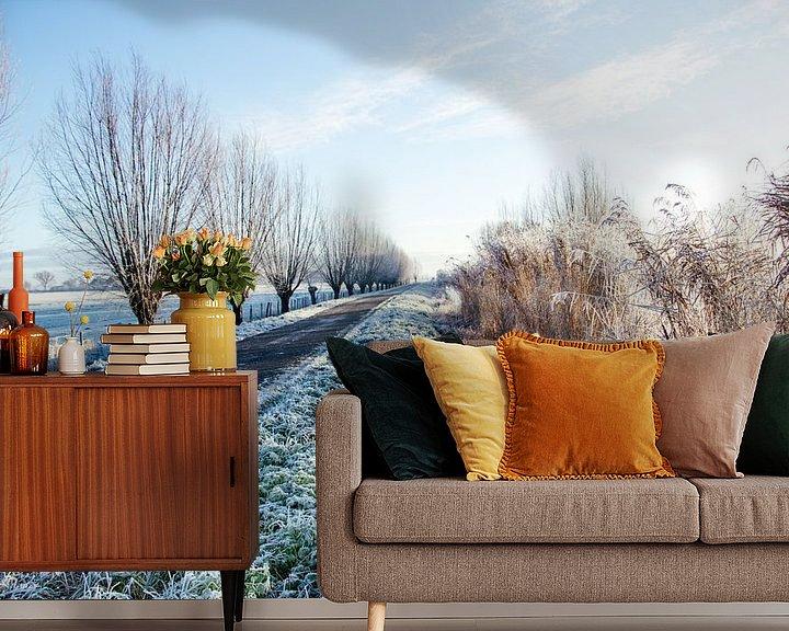 Sfeerimpressie behang: Winters polderlandschap van Annieke Slob
