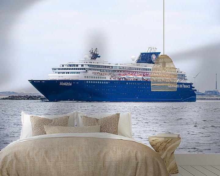 Sfeerimpressie behang: Cruiseship de Horizon. van Brian Morgan
