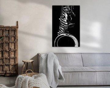 Tenorsaxophon schwarz und weiß von Antoon van Osch