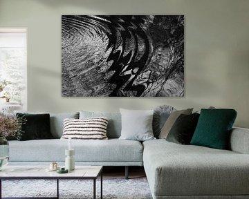 Kräuselungen im Wasser erzeugen schöne Kreisformen von Anne Ponsen
