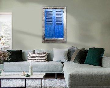 Blaue Fensterläden von Ingrid de Vos - Boom
