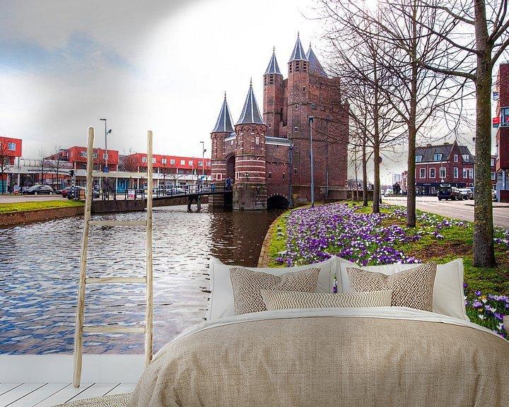 Sfeerimpressie behang: Amsterdamse Poort te Haarlem. van Brian Morgan