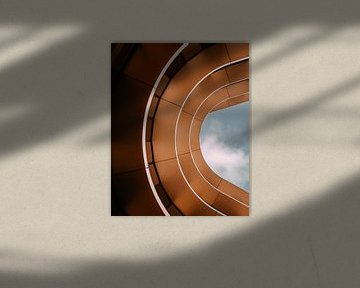 Linien und Bögen im Gebäude von Tim Goossens