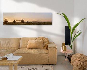 Panoramafoto mistige polder bij ochtendlicht 2 van Percy's fotografie