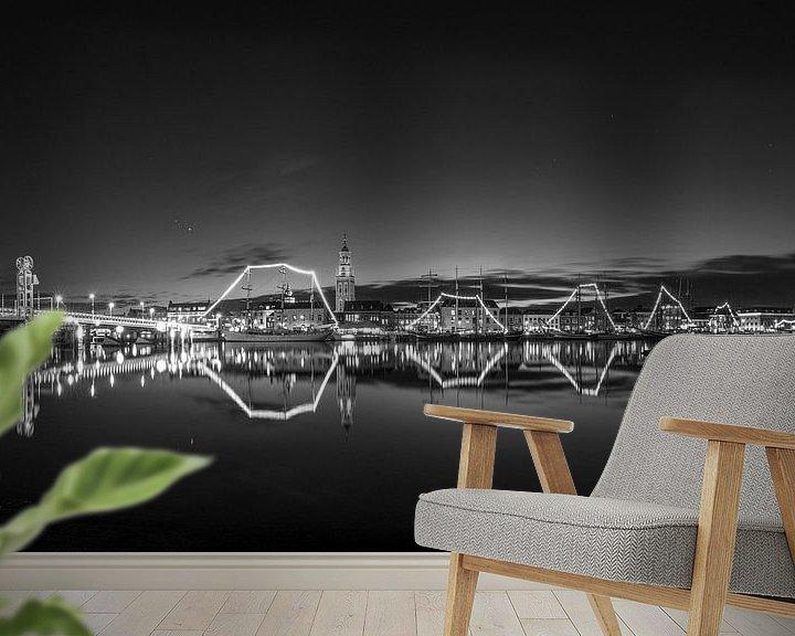 Sfeerimpressie behang: Panorama van het Stadsfront van Kampen in zwart wit van Fotografie Ronald
