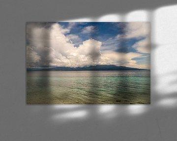 Uitzicht vanaf Ambon, Molukken, Indonesië van Zero Ten Studio