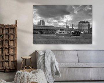 Rijnaken op het IJ in Amsterdam van Foto Amsterdam/ Peter Bartelings
