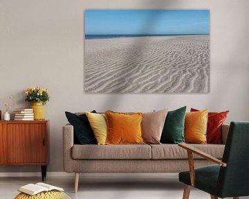 verlaten strand van Klaartje Majoor