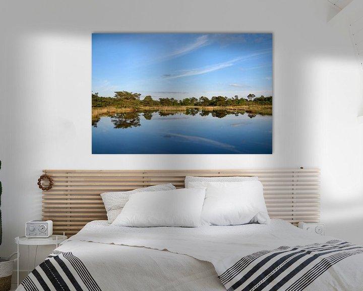 Sfeerimpressie: Reflectie in het blauwe water van Manon Verijdt