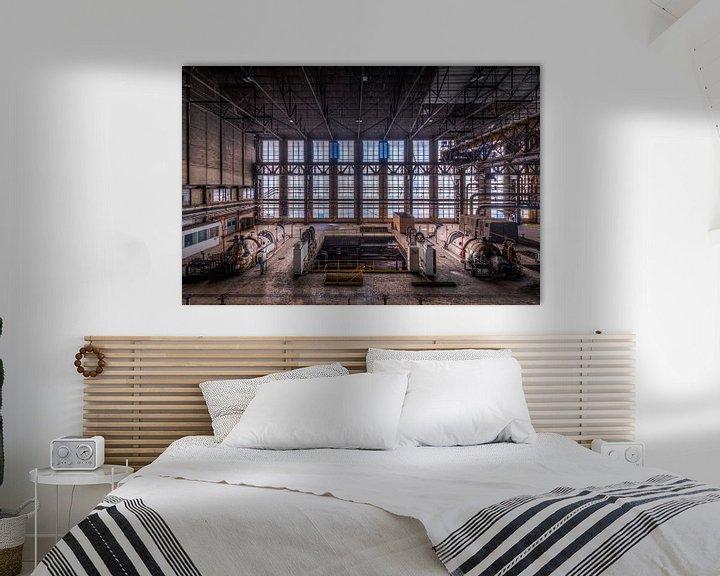 Beispiel: Symmetrie der Fenster der verlassenen Fabrik von Sven van der Kooi (kooifotografie)