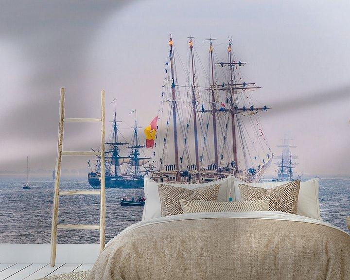 Sfeerimpressie behang: Zeilschepen tijdens stil Den Helder van Brian Morgan