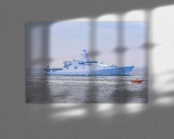 Marineschip de Zeeland met de KNMR