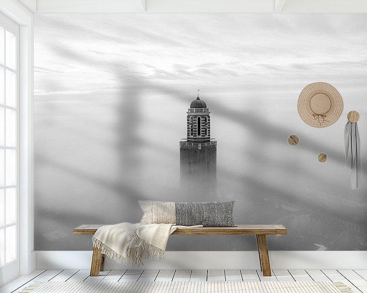 Sfeerimpressie behang: Peperbus in de mist, Zwolle van Thomas Bartelds