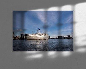 SS Rotterdam Cruiseship in de haven van Rotterdam, Netherland