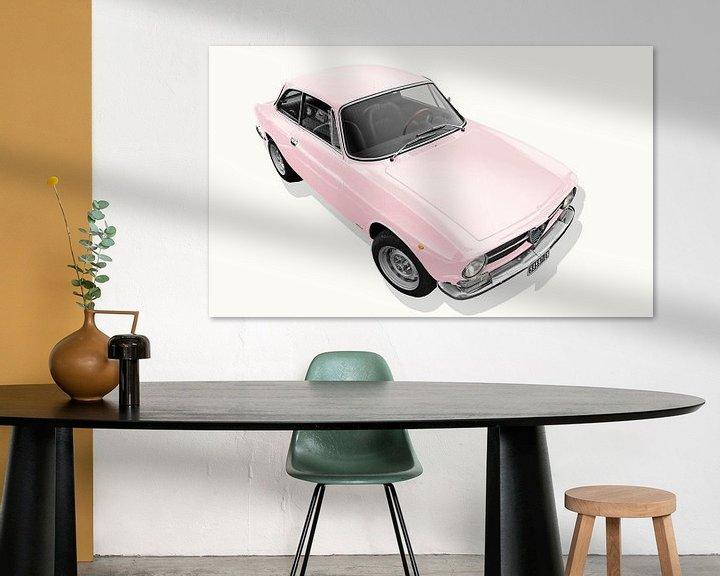 Sfeerimpressie: Alfa Romeo GT 1300 Junior in rosé van aRi F. Huber