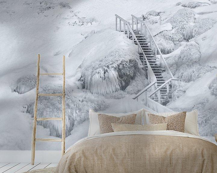 Sfeerimpressie behang: Frozen stairs van Loulou Beavers