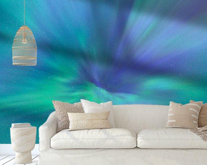 Sfeerimpressie behang: Noorderlicht van Loulou Beavers