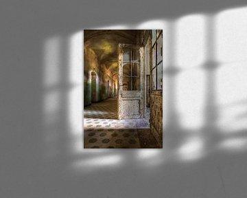 De vergaande deur van Arthur van Orden