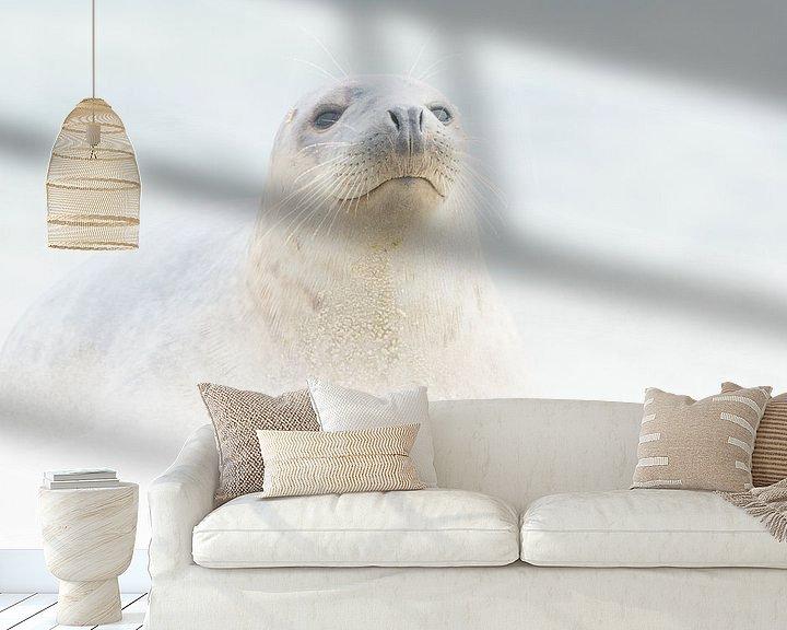 Sfeerimpressie behang: In een zandstorm van Loulou Beavers