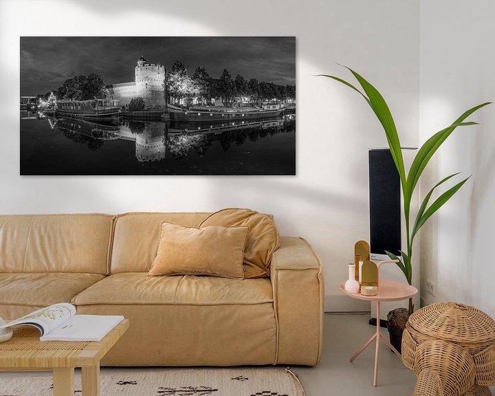 Sfeerimpressie: Panorama van de Thorbecke gracht in Zwolle in zwart wit van Fotografie Ronald