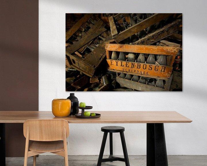 Sfeerimpressie: Oude bierkisten van Arthur van Orden