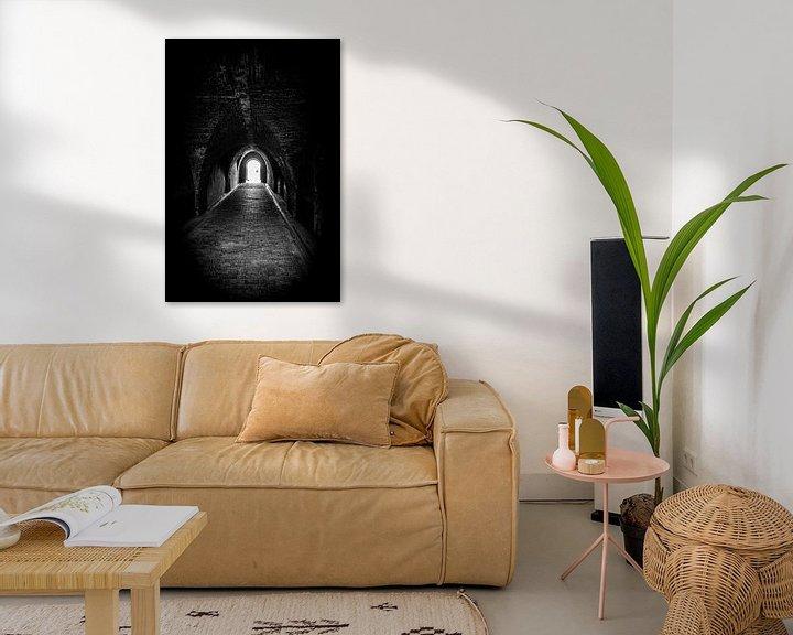 Beispiel: Folgen Sie dem Licht am Ende des Tunnels | Niederlande | Schwarz-Weiß-Foto I Straßenfotografie von Diana van Neck Photography