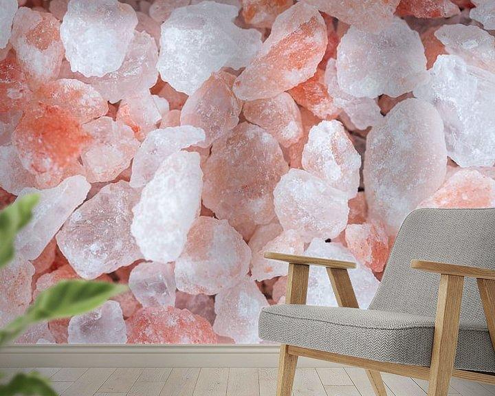 Sfeerimpressie behang: Close-up van roze Himalaya zout l Food fotografie van Lizzy Komen