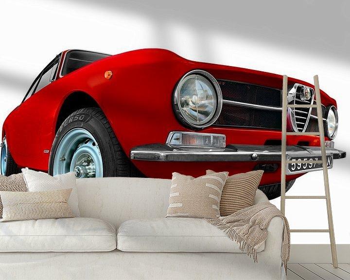 Sfeerimpressie behang: Alfa Romeo GT 1300 Junior in originele kleur van aRi F. Huber