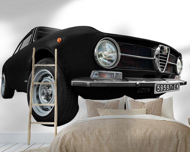 Sfeerimpressie behang: Alfa Romeo GT 1300 Junior in zwart van aRi F. Huber
